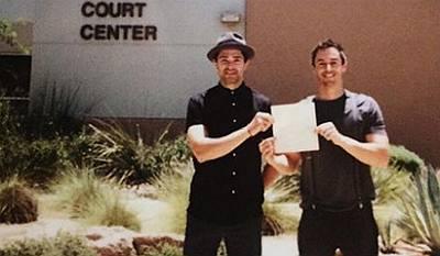 matt dallas blue hamilton wedding - court - marriage license