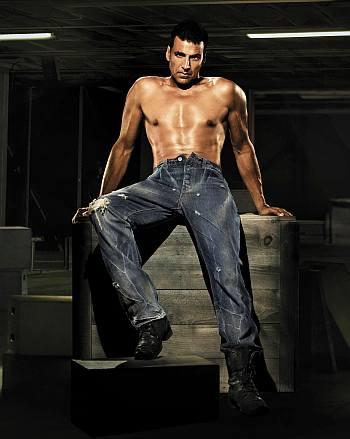 mens jeans unbuttoned - levis male model