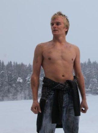 shirtless f1 drivers Heikki Kovalainen
