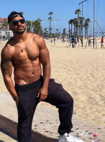 tyler lepley hot guy in swimsuits