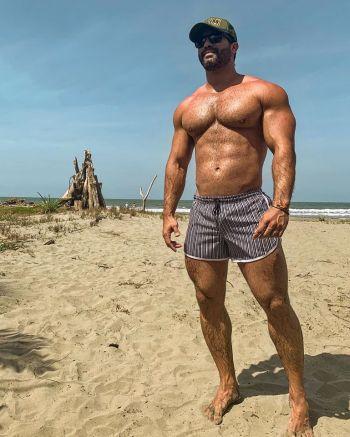 victor turpin shirtless body in short shorts