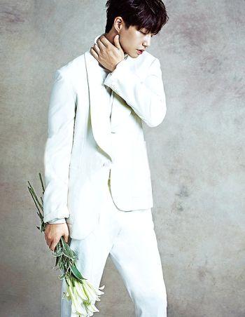 white suits for men - song jae-rim