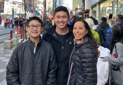 Collin Morikawa parents - mom debbie and younger brother