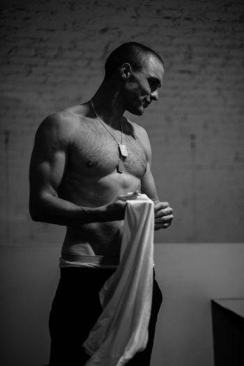 Ed Skrein underwear peekabo
