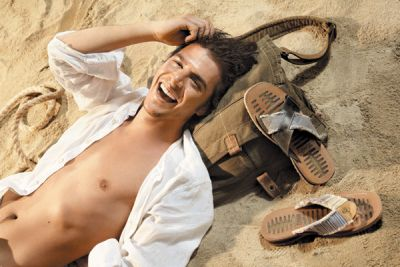 Mehmet Gunsur body no shirt