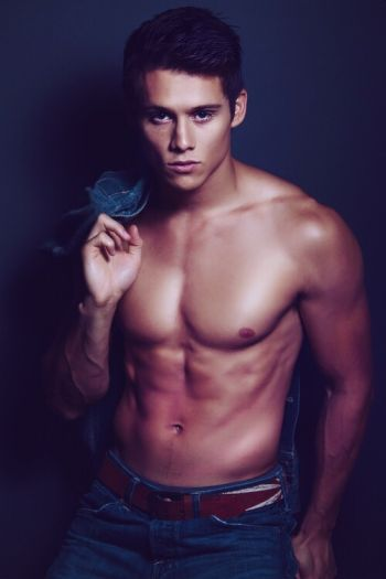 Timothy Granaderos hot body