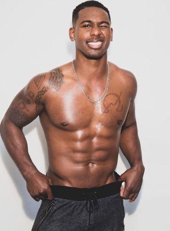 Vaughn Hebron hot guy in sweatpants