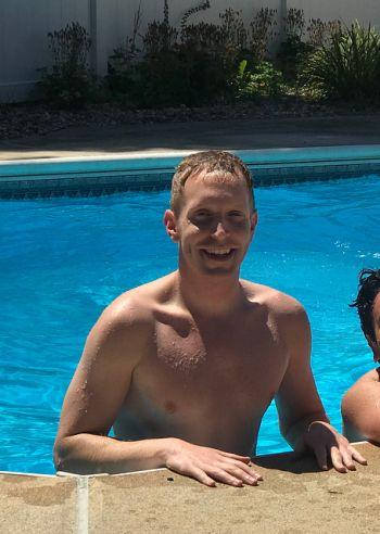 alex morse shirtless mayor - holyoke massachussetts