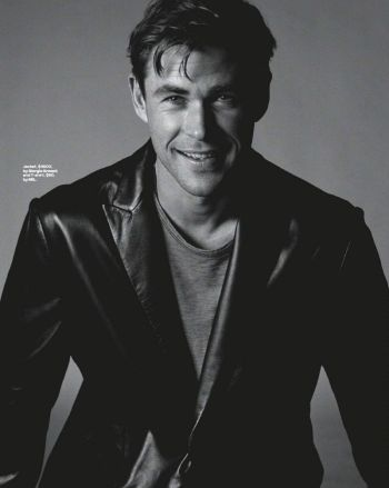 chris hemsworth leather jacket by giorgio armani
