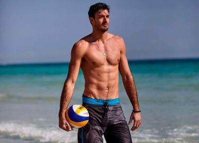hot male volleyball player - Alex Ranghieri - vanity fair