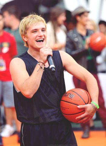 josh hutcherson basketball