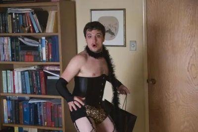 josh hutcherson future man cross dressing scene