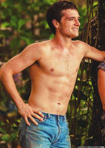 josh hutcherson shirtless body