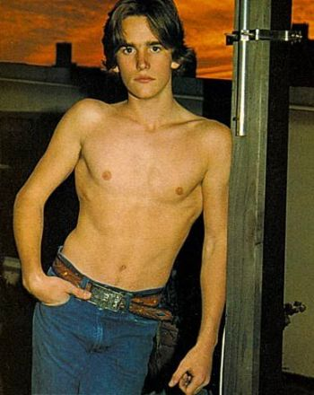 matt dillon hot shirtless in jeans