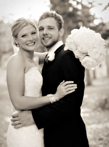 max thieriot wedding to wife lexi murphy