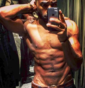 ore oduba shirtless body