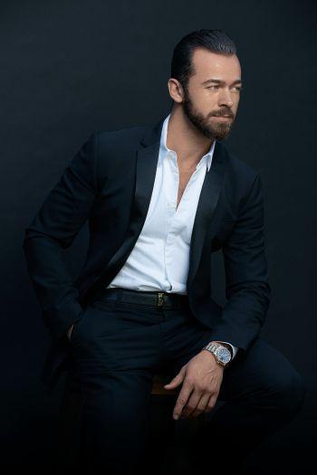 Artem Chigvintsev hot in suit