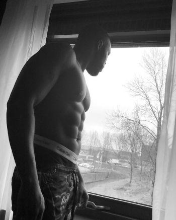 Martins Imhangbe underwear - twitter @MartinsImhangbe