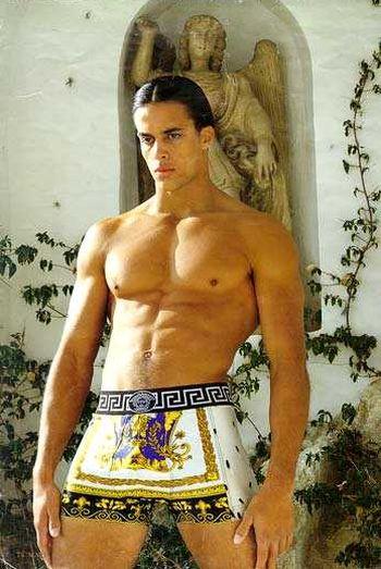 Matt Cedeño model versace
