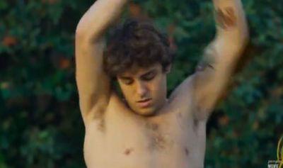 Tanner Zagarino shirtless poolboy2