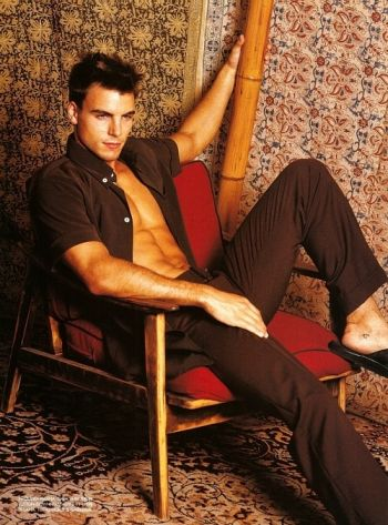 colin egglesfield body abs