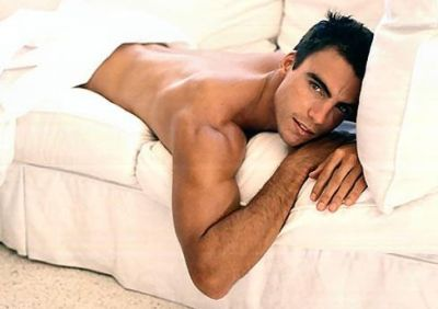 hot men in bed colin egglesfield shirtless