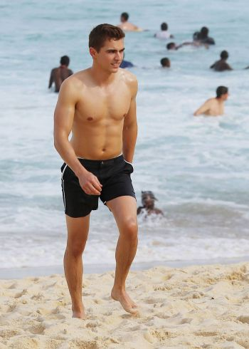 dave franco body - hot in short shorts