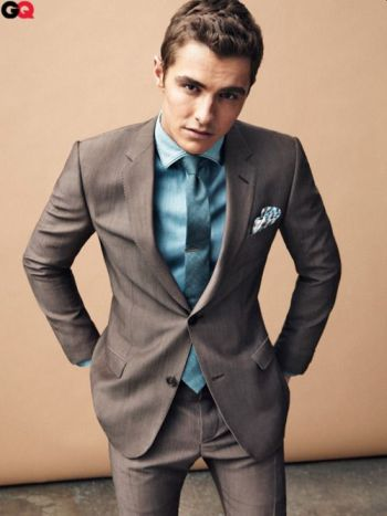 dave franco hot in a suit