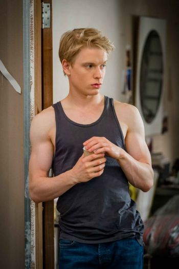 freddie fox body hot in tank shirt