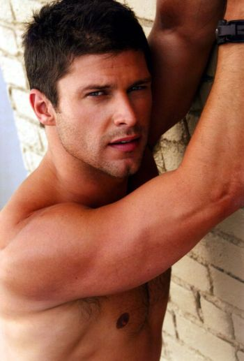 greg vaughan shirtless actor