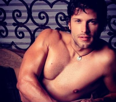 greg vaughan shirtless body