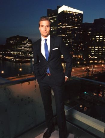 liam martin hot in a suit