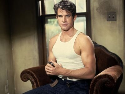 warren beatty hot muscle shirt