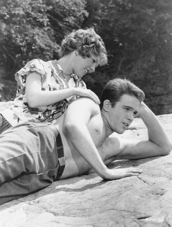 warren beatty shirtless with jan norris in splendor in the glass