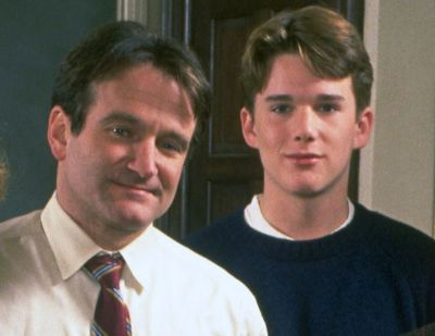 ethan hawke young with robin williams dead poets society