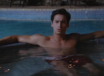 Michael Hsu Rosen hot body