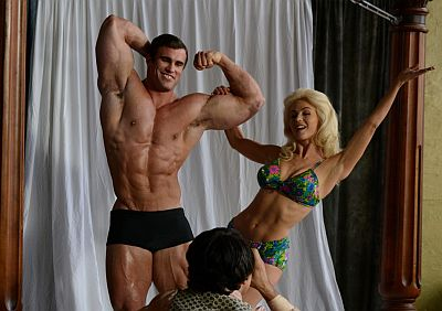 Tyler Hoechlin girlfriend julianne hough