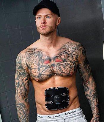kyle christie shirtless body