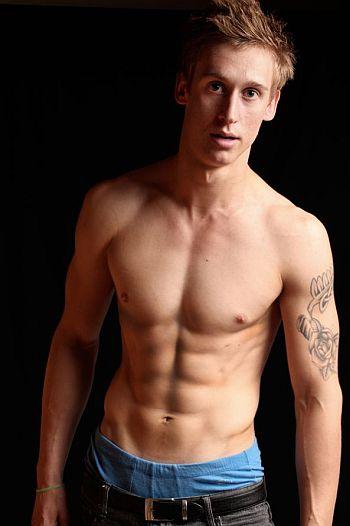 luke thompson shirtless - other lukes - kiwi actor model