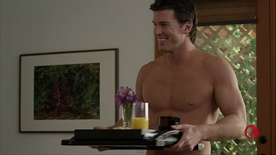 Christopher Russell Shirtless in newlywed and dead