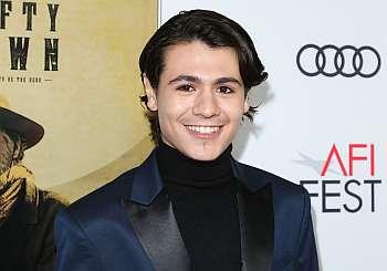 Diego Josef red carpet suit
