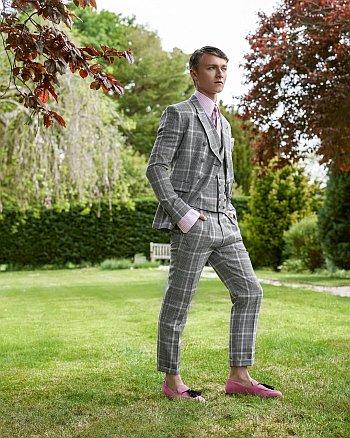 Harrison Osterfield model - young men in suit