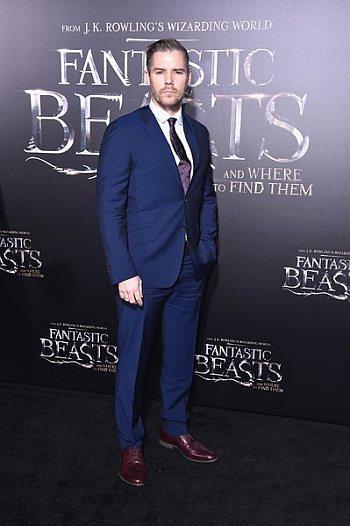 Josh Cowdery hot men in suit