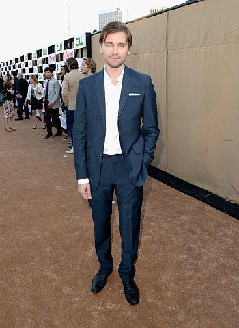 Torrance Coombs hot men in suits3