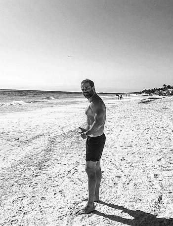 alejandro nones shirtless