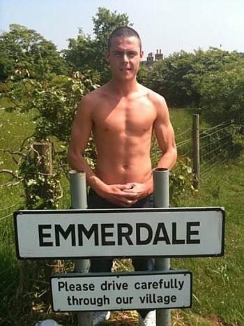 danny miller emmerdale hot