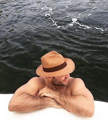 edgar ramirez shirtless body