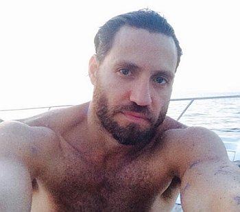edgar ramirez shirtless