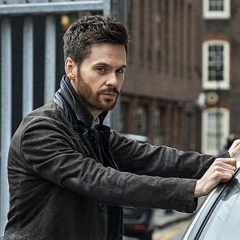 tom riley hot in leather