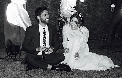 tom riley wedding to wife Lizzy Caplan